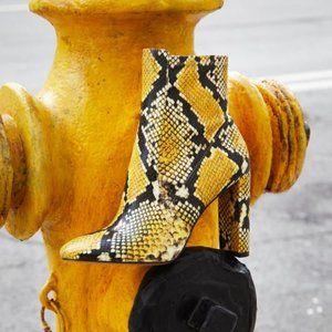 NEW Aldo Aurellane Yellow Snake Print Boots sz 6